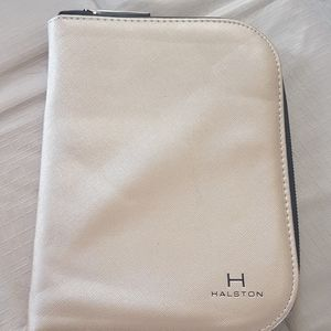 Halston Jewellery holder